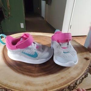 Infant girls Nike shoes